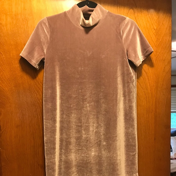 Madewell Dresses & Skirts - Mauve Madewell Velvet mock neck Dress